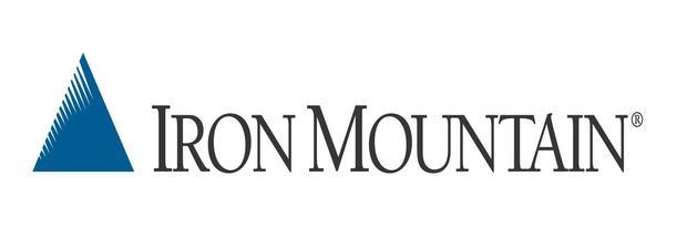 Cómo invertir en acciones de Iron Mountain
